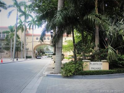 Coral Gables Condo For Sale: 888 S Douglas Rd #906