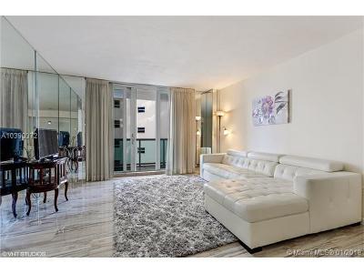 Miami Beach Condo For Sale: 5001 Collins Av #3E