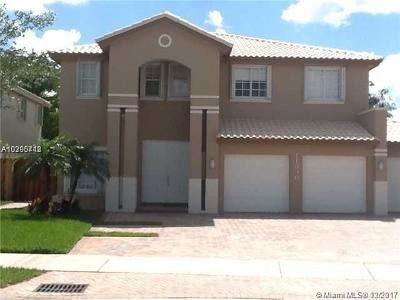 Doral Single Family Home For Sale: 11390 NW 61 St