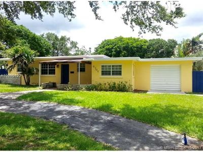 Palmetto Bay Single Family Home For Sale: 8701 SW 142nd St