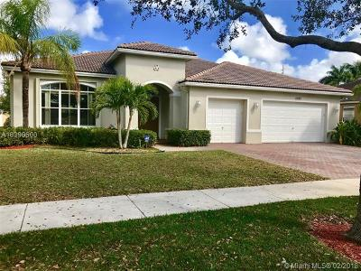Cooper City Single Family Home For Sale: 11585 Hibbs Grove Dr