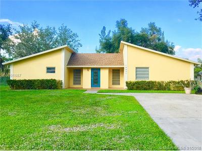 Davie Single Family Home For Sale: 14401 SW 20th St