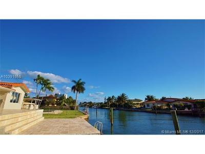 North Miami Single Family Home For Sale: 2010 NE 122nd Rd