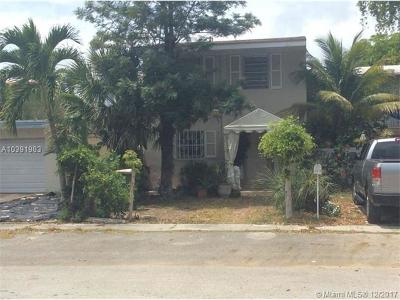 North Miami Single Family Home For Sale: 1813 NE 121st St
