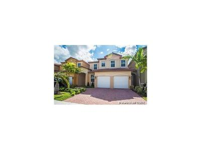 Doral Single Family Home For Sale: 11360 NW 74th Ter