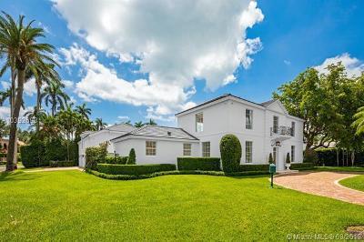 Single Family Home For Sale: 6695 Roxbury Ln