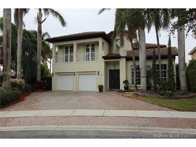 Doral Single Family Home For Sale: 7110 NW 112 Ct