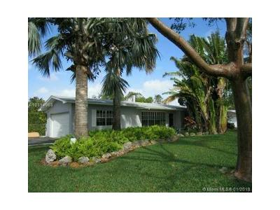 Pinecrest Single Family Home For Sale: 7511 SW 118th St