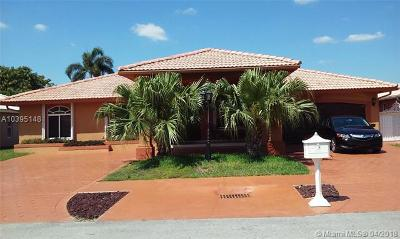 Miami Single Family Home For Sale: 3220 SW 137th Pl