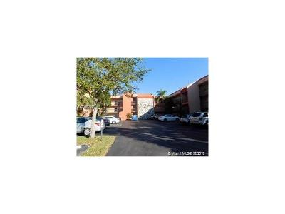 Margate Condo For Sale: 3170 Holiday Springs Blvd #212