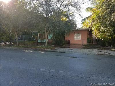 Miami Condo For Sale: 2800 SW 27th St #2800