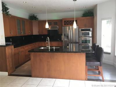 Doral Single Family Home For Sale: 11319 NW 58th Ter