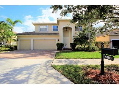 Weston Single Family Home For Sale: 4306 Diamond Row