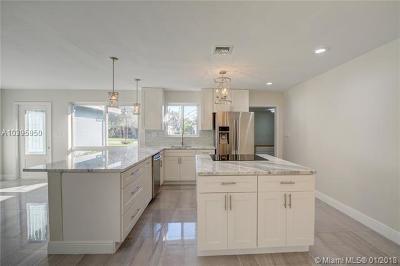 Fort Lauderdale Single Family Home For Sale: 2117 NE 29th St