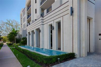 Coral Gables Condo For Sale: 718 Valencia Avenue #201