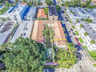 Miami Beach Condo For Sale: 760 Meridian Ave #1-2