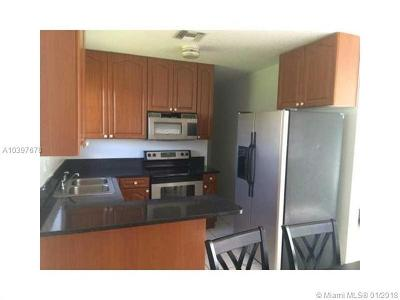 Miami Gardens Single Family Home For Sale: 2931 NW 213th St