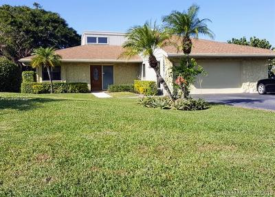 West Palm Beach Single Family Home For Sale: 13535 Whispering Lakes Ln