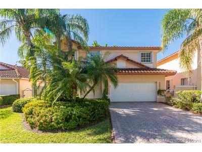 Doral Single Family Home For Sale: 5602 NW 105th Ct