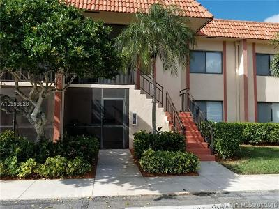 Weston Condo For Sale: 341 Lakeview Dr #103