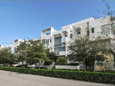 Miami Beach Condo For Sale: 163 N Shore #163-5