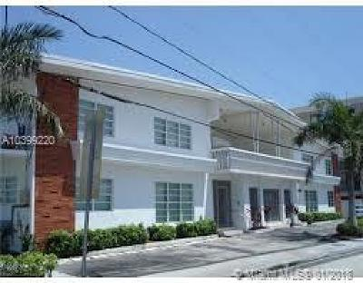 Miami Beach Condo For Sale: 8080 Tatum Waterway Dr #26