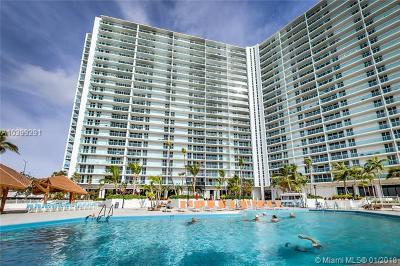 Sunny Isles Beach Condo For Sale: 100 Bayview Dr #2005