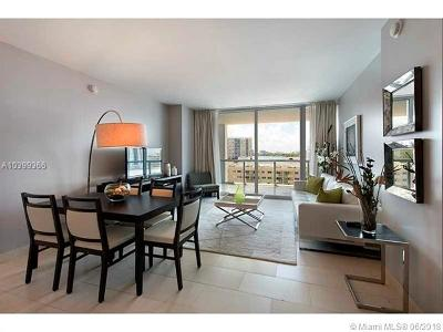 Miami Beach Condo For Sale: 6799 Collins Ave #606