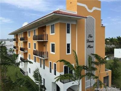 Dania Beach Condo For Sale: 555 E Dania Beach Blvd #4