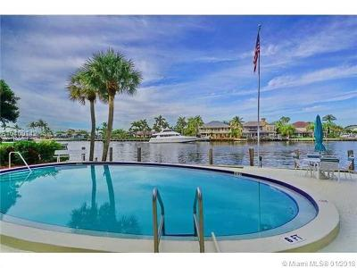 Deerfield Beach Condo For Sale: 629 SE 19th Ave #404