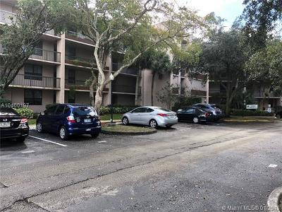 Plantation Condo For Sale: 7500 NW 1st Ct #404-3
