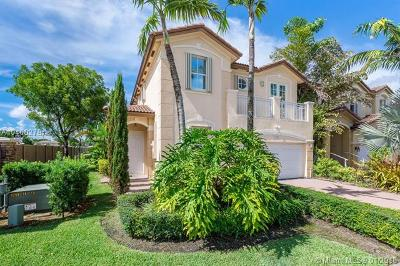 Doral Single Family Home For Sale: 11204 NW 75th Ln