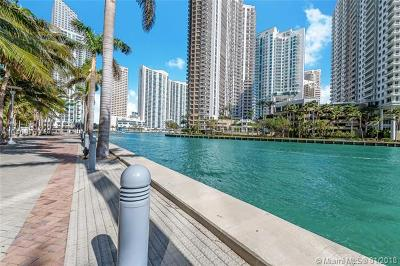 Miami Single Family Home For Sale: 495 Brickell Av