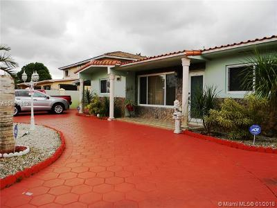 Hialeah Single Family Home For Sale: 5890 W 12th Ave