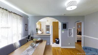 Hollywood Single Family Home For Sale: 1715 Mayo St