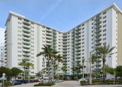 Hollywood Condo For Sale: 3001 S Ocean Dr #619