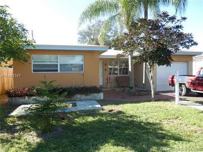 Hollywood Single Family Home For Sale: 2810 Van Buren St