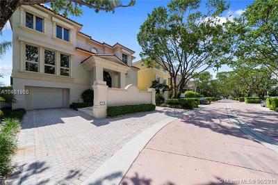 Coconut grove Single Family Home For Sale: 3503 Bayshore Villas Dr