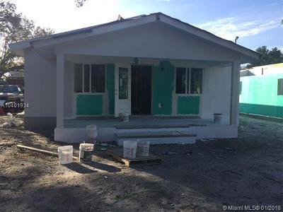 Dania Beach Single Family Home For Sale: 4541 SW 26th Ter