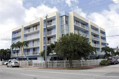Miami Beach Condo For Sale: 8340 Harding Ave #402