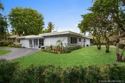 Coral Gables Single Family Home For Sale: 615 S Sunset Dr