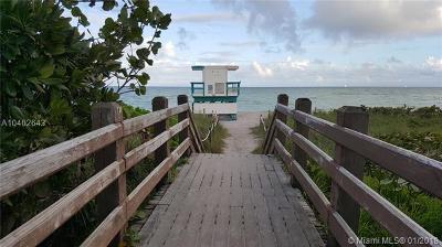 Miami Beach Condo For Sale: 2625 Collins Ave #418