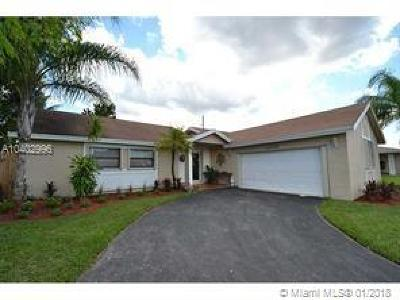 Weston Single Family Home For Sale: 16752 SW 5th Way
