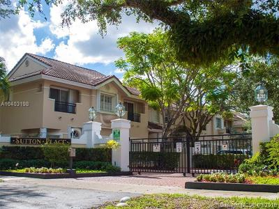 Pinecrest Condo For Sale: 6858 SW 89th Ter #6858