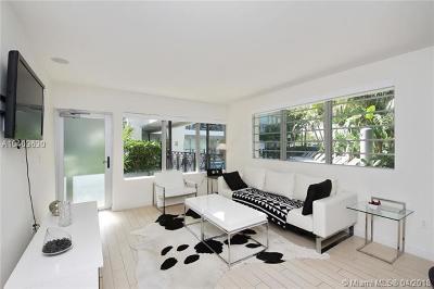 Miami Beach Condo For Sale: 2135 Washington Ct #TH1