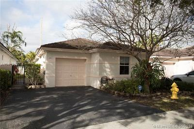 Plantation Single Family Home For Sale: 199 NW 75th Way