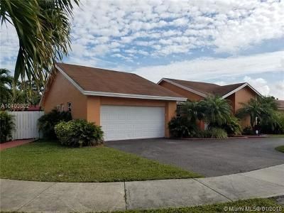 Miami Single Family Home For Sale: 2315 SW 131st Pl