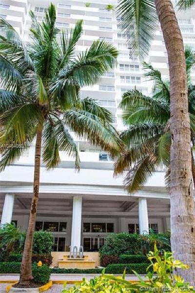 Miami Beach Condo For Sale: 100 Lincoln Rd #1138