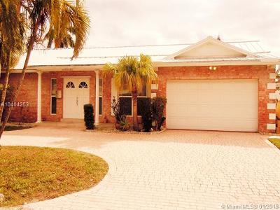 Fort Lauderdale Single Family Home For Sale: 2830 NE 60th St