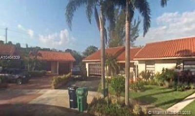 Miami Single Family Home For Sale: 14520 SW 71st Ln